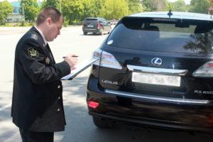 Конфискация автомобиля судебными приставами