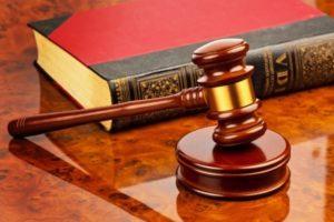 При расногласиях между наследниками раздел имущество производится в судебном порядке