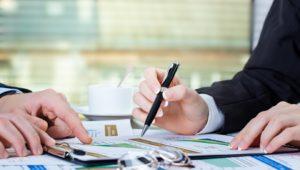Подписание договора о передаче движимого имущества в залог