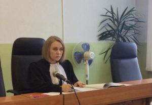 Арест и опись имущества производятся по решению суда