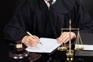 Признание права собственности на долю в квартире в судебном порядке