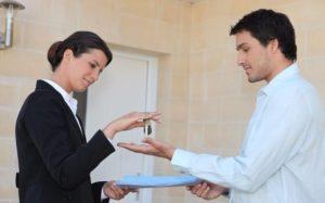 Опись имущества подписывается сторонами при передаче квартиры