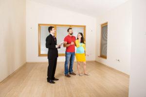 Приемка квартиры у застройщика осуществляется по акту приема-передачи