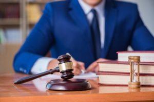 Расторгнуть договор дарения можно только в судебном порядке