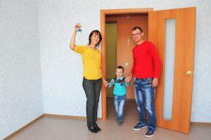 Молодым семьям с детьми предоставляются субсидии в размере 35% от стоимости приобретаемого жилья