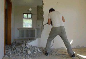 При перепланировке нельзя сносить несущие стены