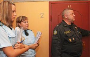 Проведение незаконной перепланировки грозит штрафом и выселением из квартиры